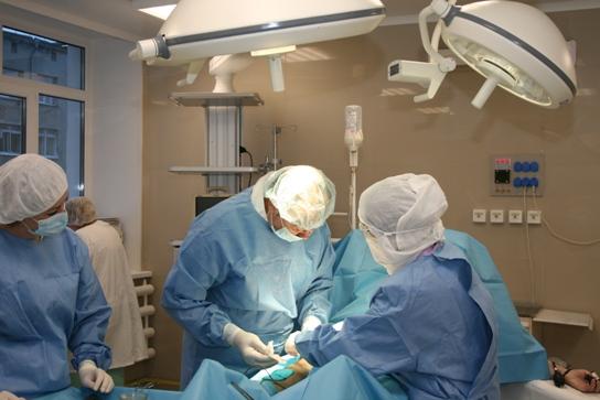 В ОмГТУ будут выпускать медицинские импланты